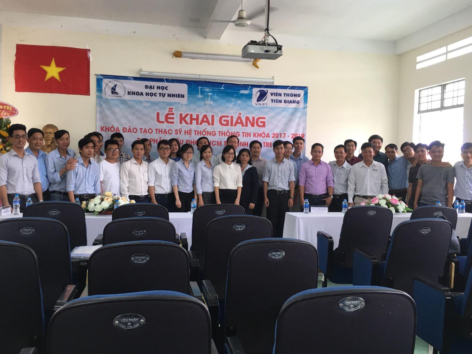 Lễ Khai giảng Khóa đào tạo Thạc sỹ Hệ thống thông tin Khóa 2017 - 2019 tại Phân hiệu ĐHQG-HCM tại tỉnh Bến Tre