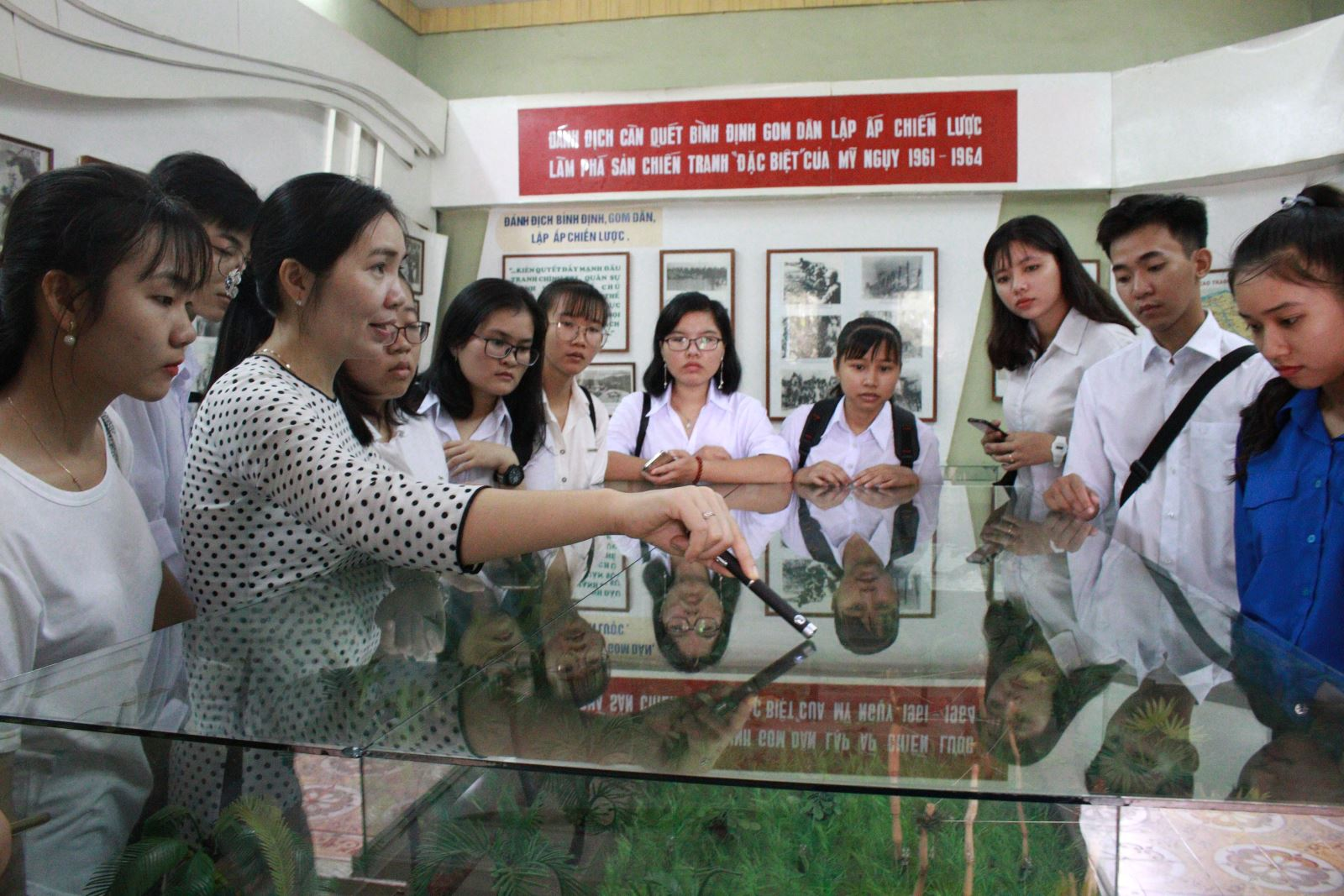 Phân hiệu ĐHQG-HCM tại tỉnh Bến Tre tổ chức tuần sinh hoạt công dân đầu khóa cho Tân sinh viên Khóa 2018