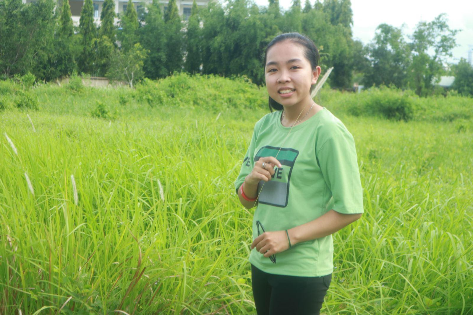 Sinh viên Phân hiệu ĐHQG-HCM tại tỉnh Bến Tre hào hứng với lớp học nhiếp ảnh căn bản